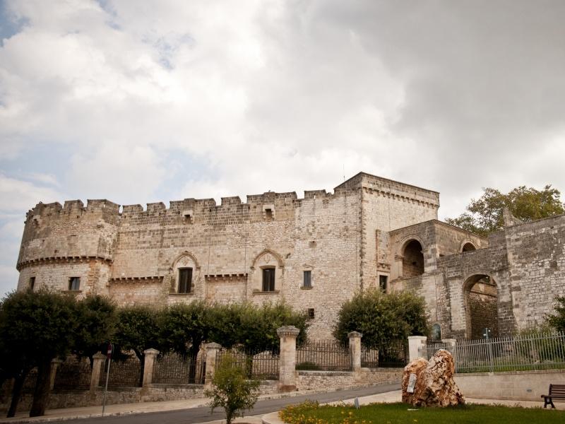 Carovigno - Castello Dentice di Frasso